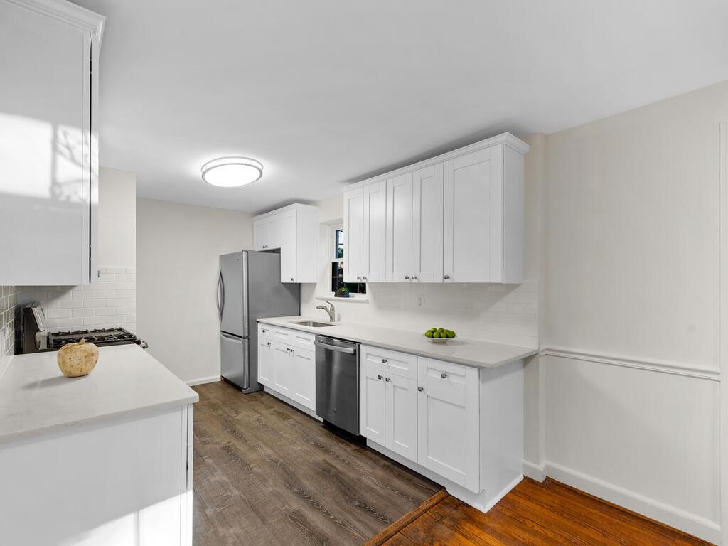 416 Deerfield Ave-013-021-Interior-MLS_Size