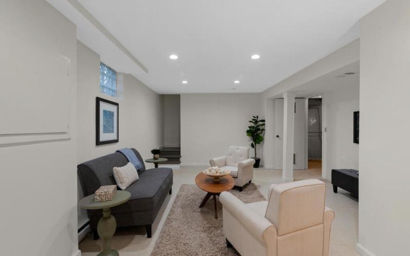 416 Deerfield Ave-043-004-Interior-MLS_Size