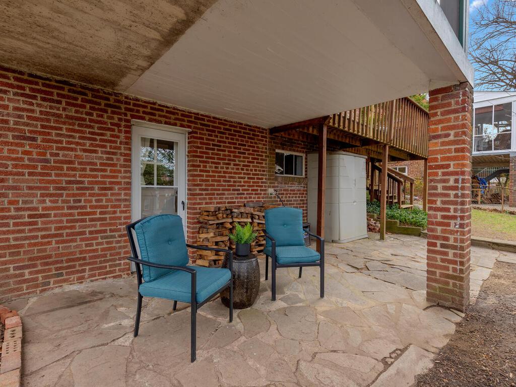 505 Deerfield Ave-008-040-Exterior-MLS_Size