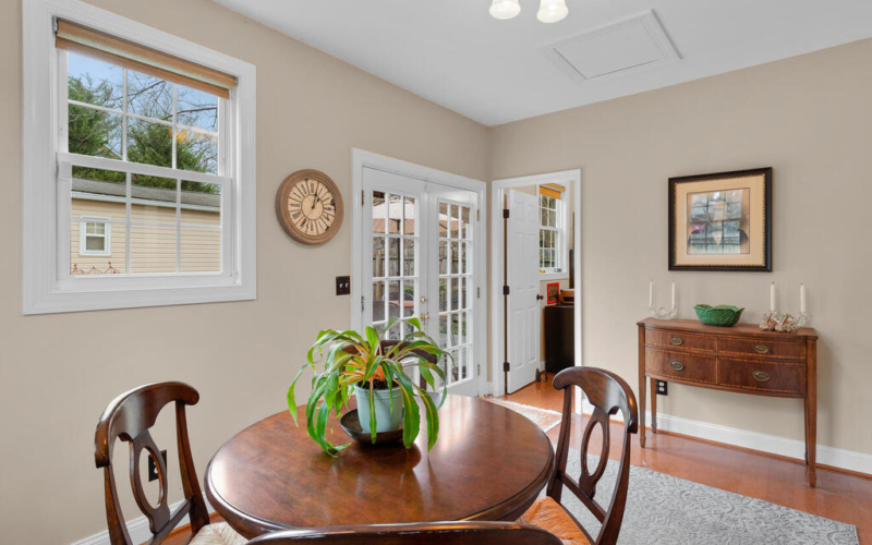 5800 40th Ave-028-019-Interior-MLS_Size