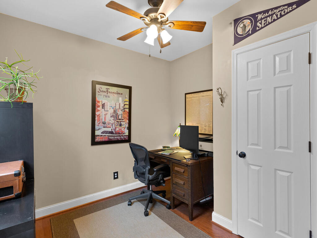 5800 40th Ave-031-021-Interior-MLS_Size