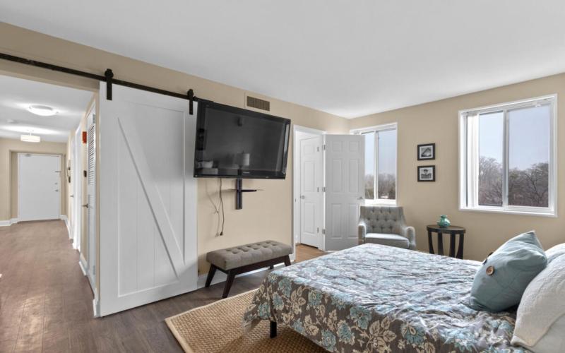 8315 N Brook Ln-032-026-Interior-MLS_Size