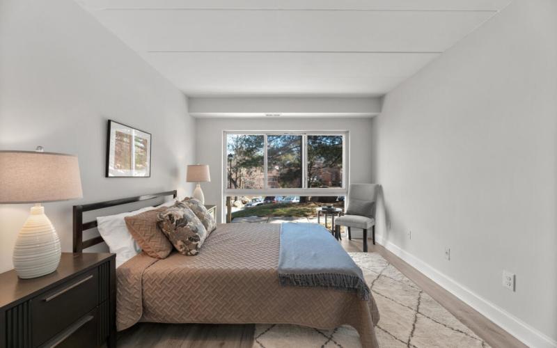 10440 Faulkner Ridge Cir-021-035-Interior-MLS_Size