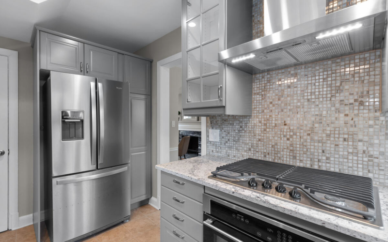 618 Wayne Ave-016-018-Interior-MLS_Size