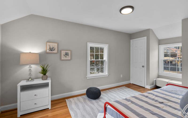 618 Wayne Ave-021-041-Interior-MLS_Size