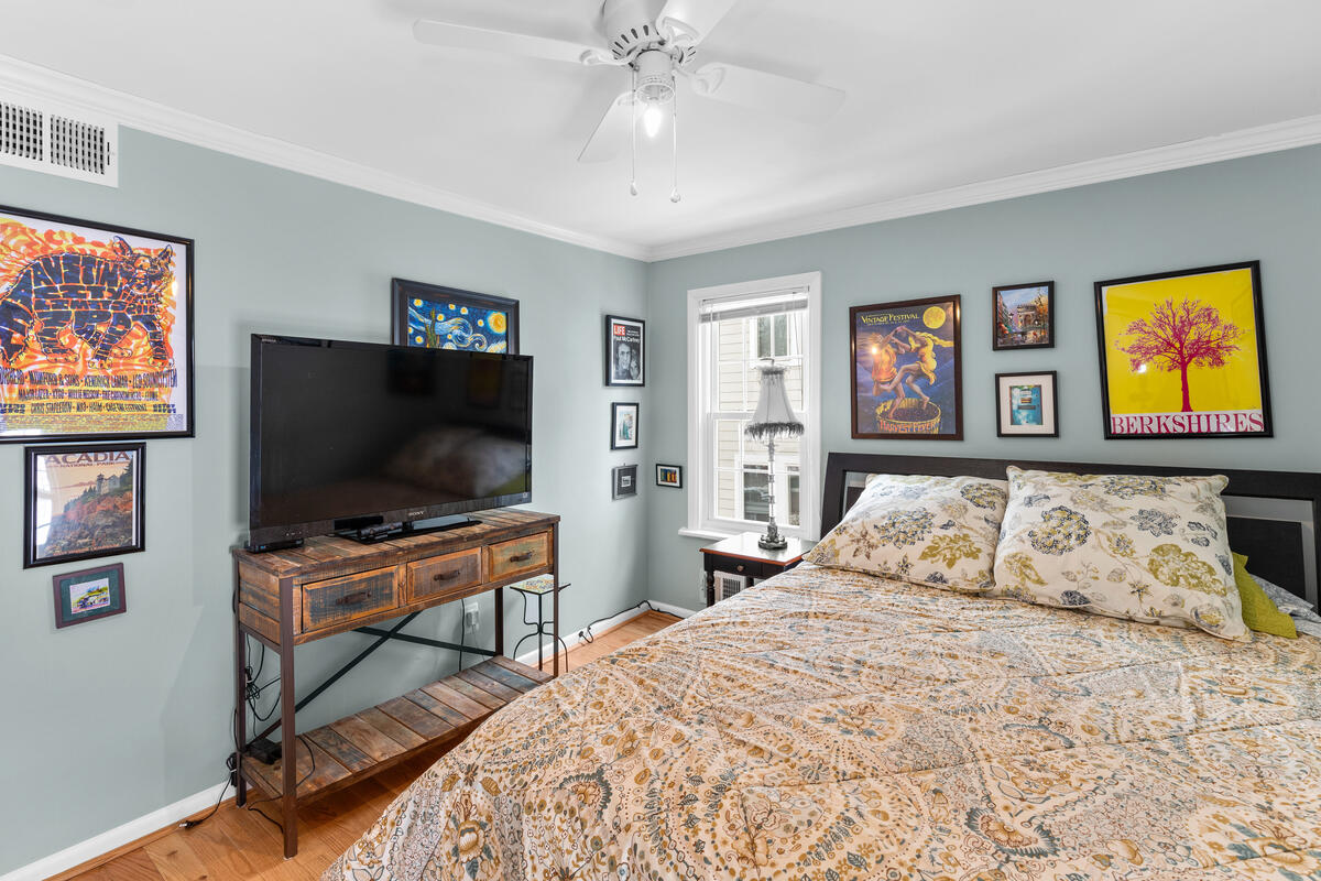 725 Silver Spring Ave-025-023-Interior-MLS_Size