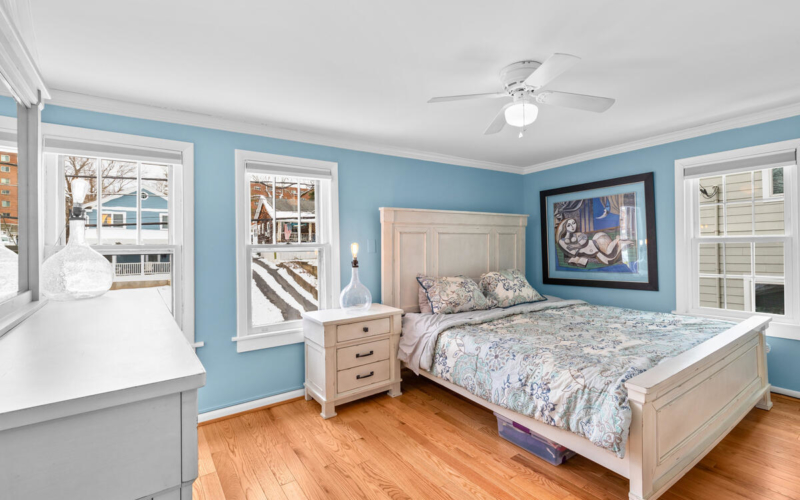 725 Silver Spring Ave-027-020-Interior-MLS_Size