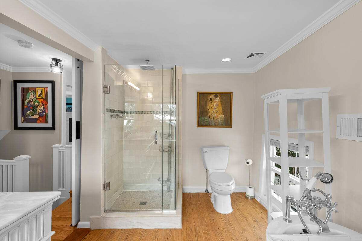 725 Silver Spring Ave-034-016-Interior-MLS_Size
