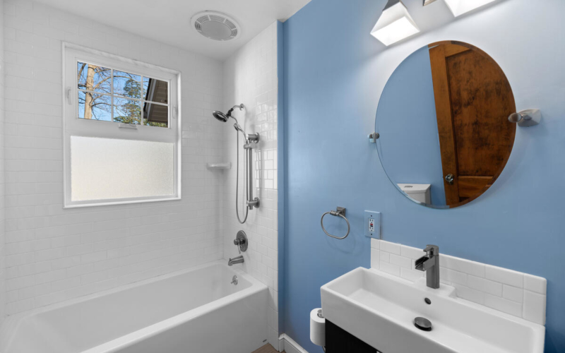 8705 2nd Ave-020-011-Interior-MLS_Size