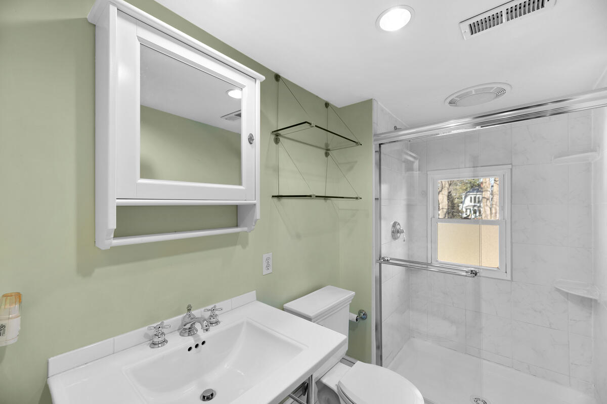 8705 2nd Ave-024-032-Interior-MLS_Size
