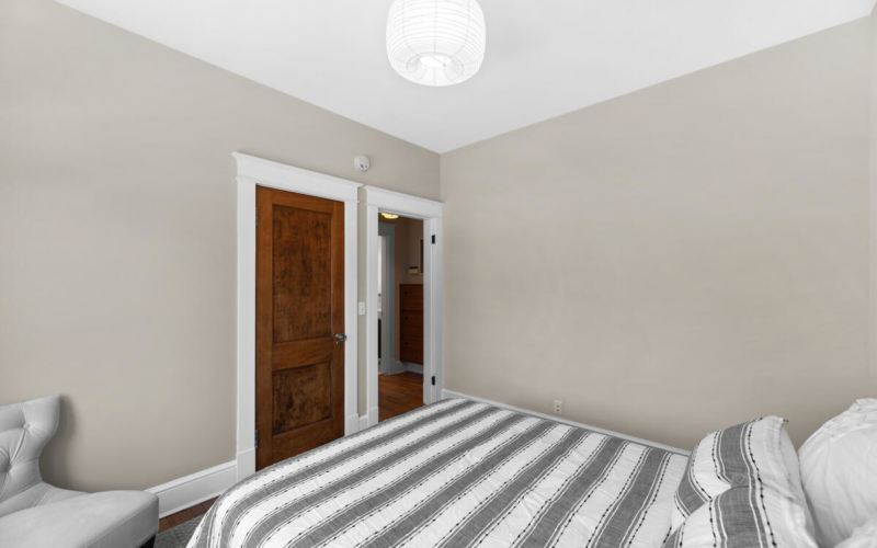 8705 2nd Ave-027-026-Interior-MLS_Size