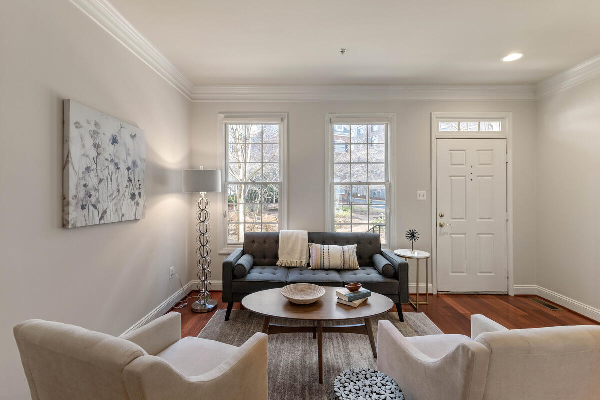 1325 Cameron Hill Ct-007-026-Interior-MLS_Size