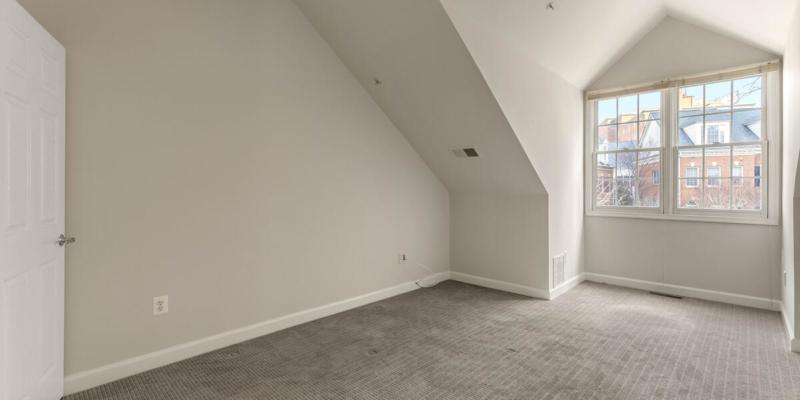 1325 Cameron Hill Ct-028-012-Interior-MLS_Size