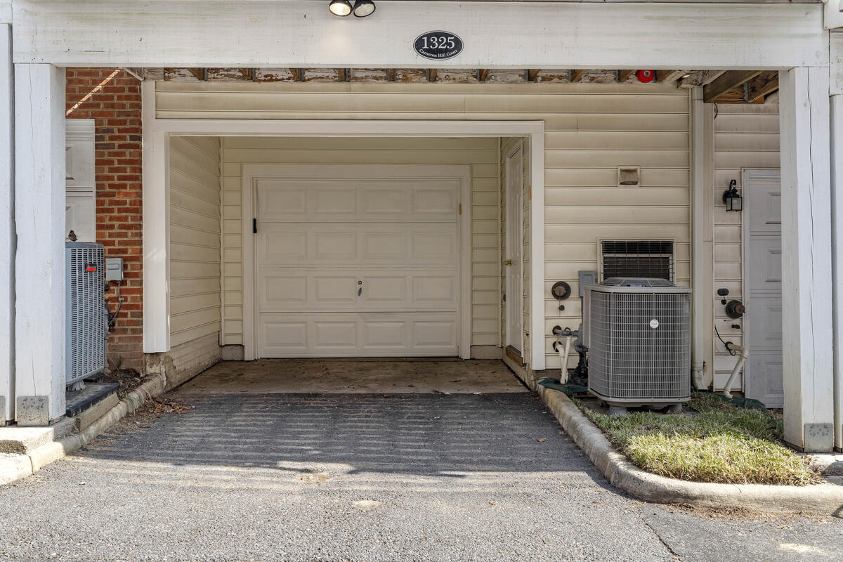 1325 Cameron Hill Ct-043-044-Exterior-MLS_Size