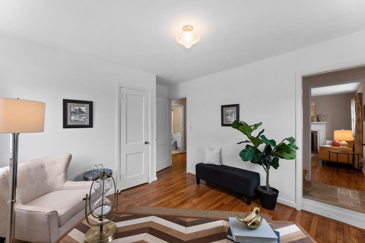 1504 Gridley Ln-023-015-Interior-MLS_Size