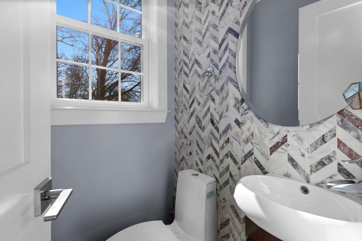 2300 Cool Spring Rd-019-029-Interior-MLS_Size