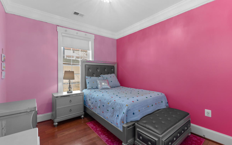 2300 Cool Spring Rd-032-032-Interior-MLS_Size
