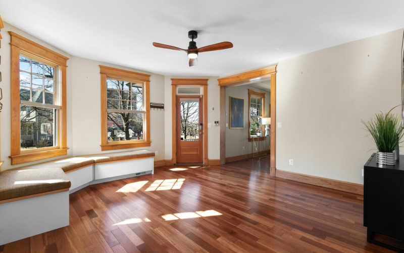 7105 Carroll Ave-009-004-Interior-MLS_Size