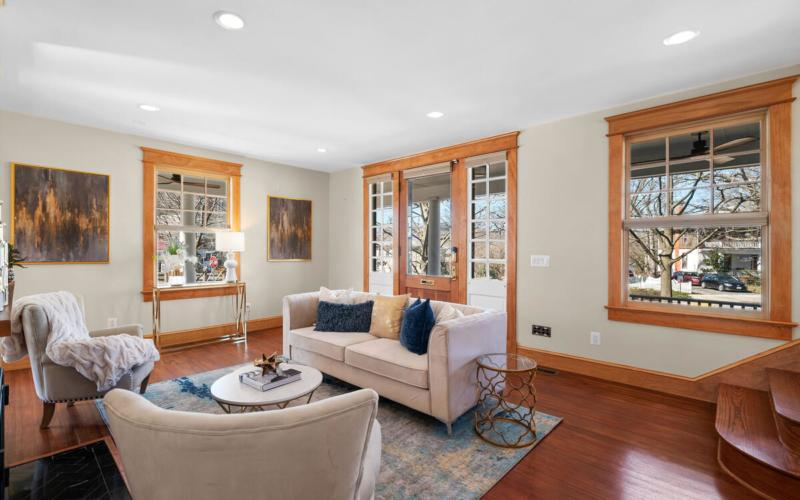 7105 Carroll Ave-013-006-Interior-MLS_Size