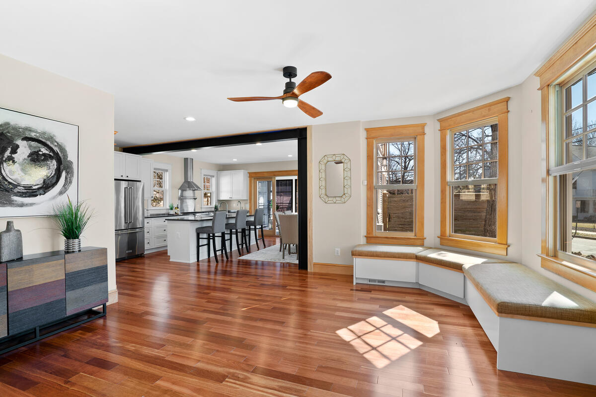 7105 Carroll Ave-018-008-Interior-MLS_Size