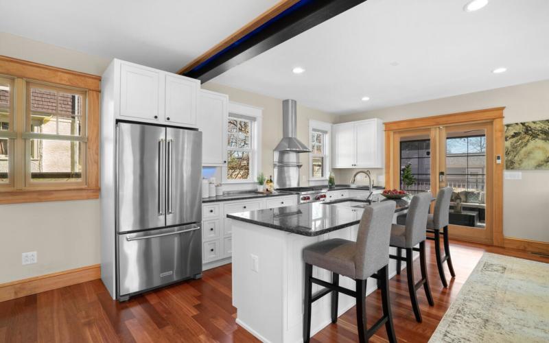 7105 Carroll Ave-022-012-Interior-MLS_Size