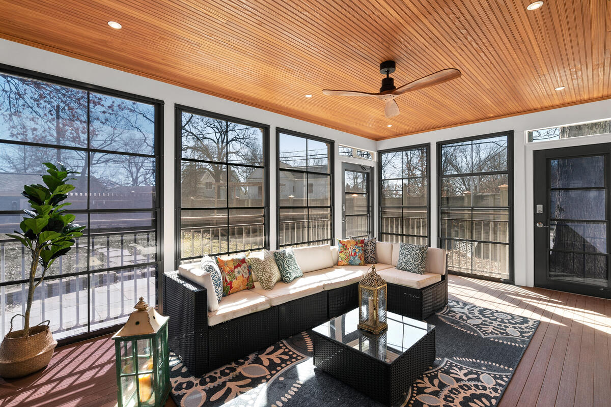 7105 Carroll Ave-028-027-Interior-MLS_Size