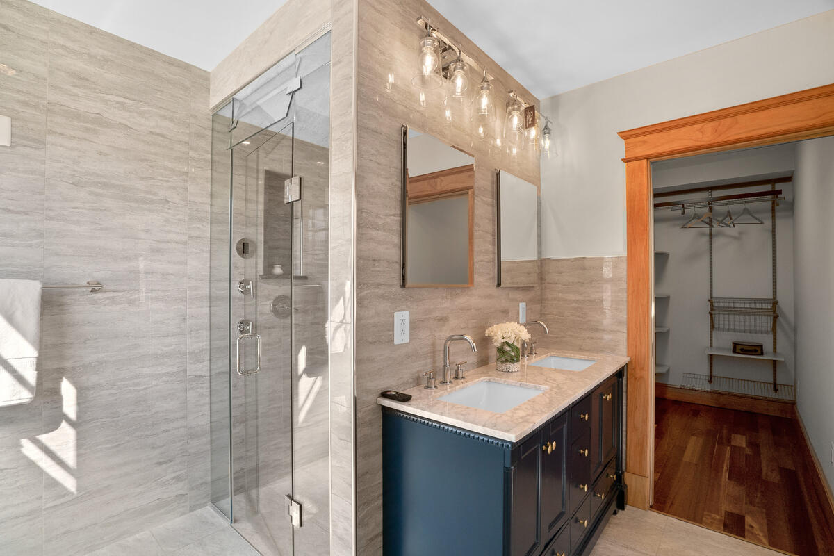 7105 Carroll Ave-042-040-Interior-MLS_Size