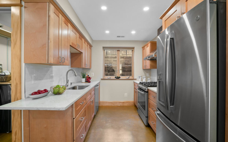 7105 Carroll Ave-056-046-Interior-MLS_Size