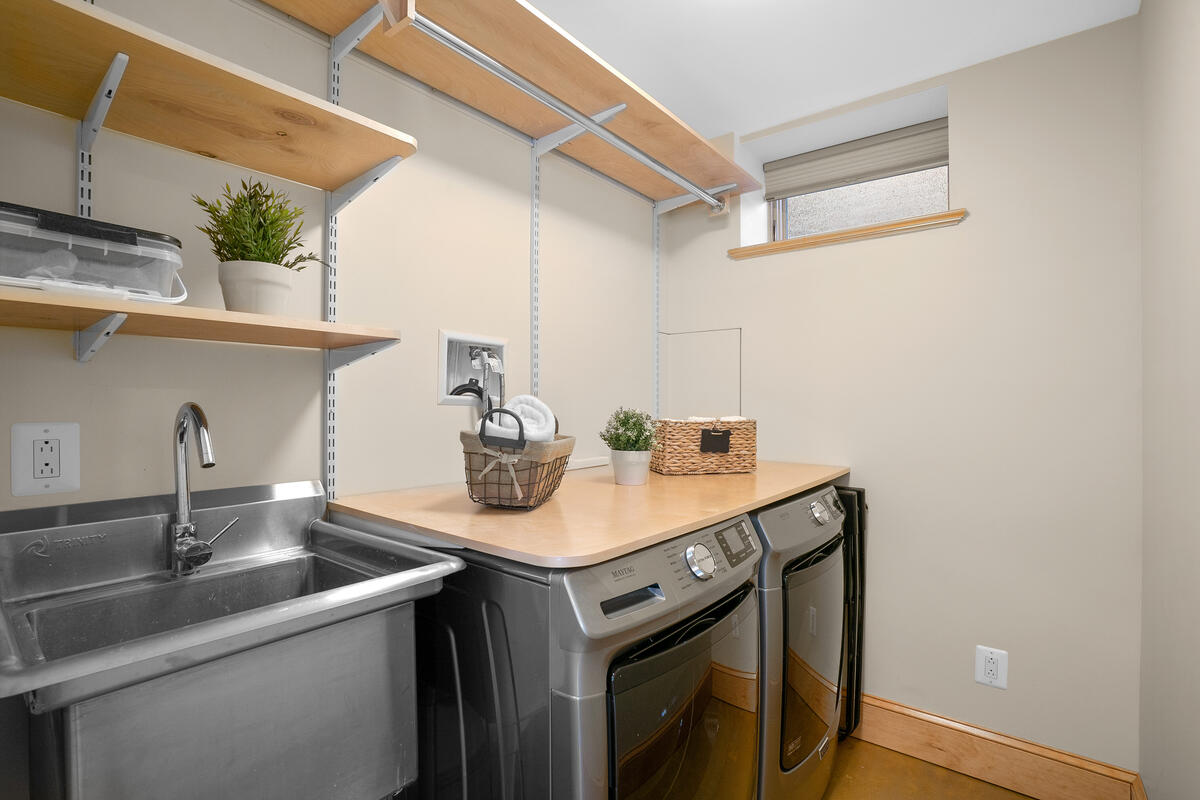 7105 Carroll Ave-060-015-Interior-MLS_Size
