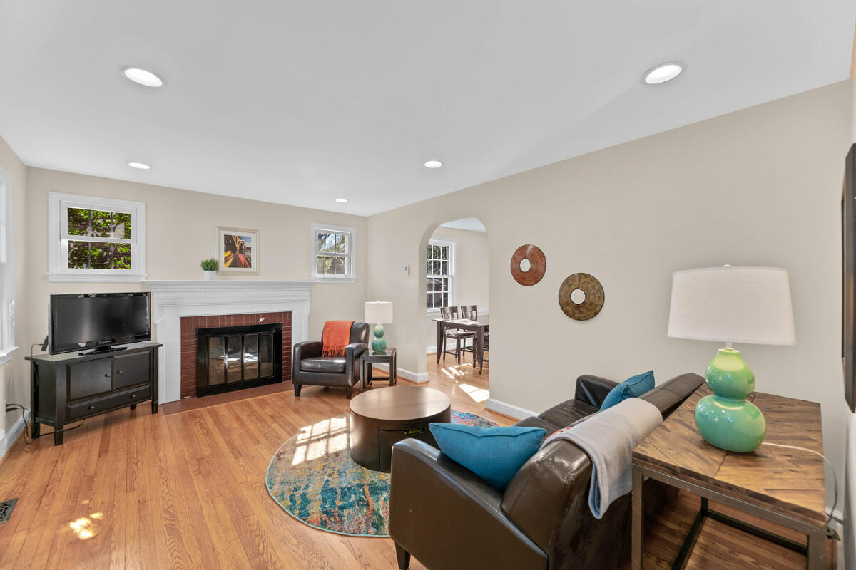 810 Sligo Ave-008-008-Interior-MLS_Size