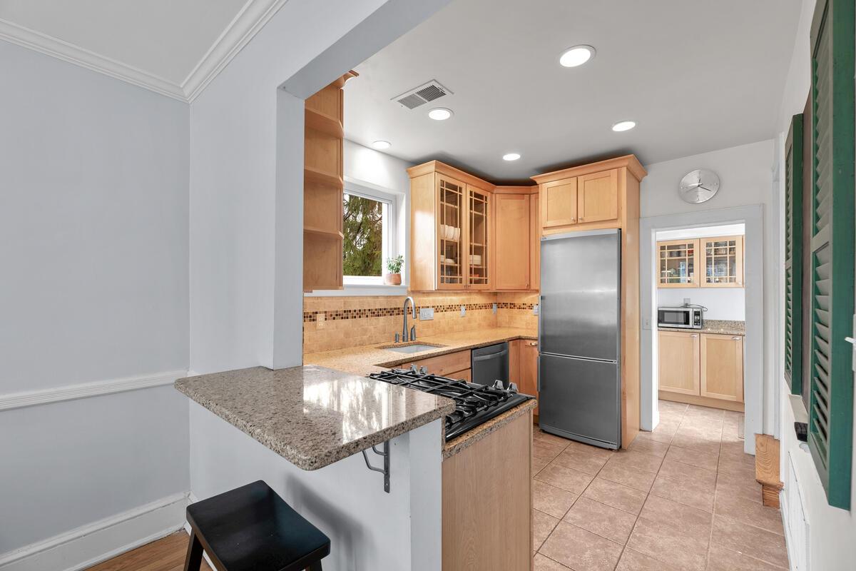 8601 Mayfair Pl-020-012-Interior-MLS_Size