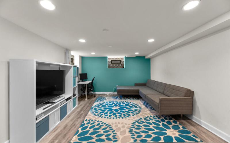 8601 Mayfair Pl-036-025-Interior-MLS_Size