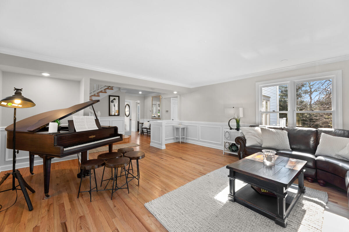 8904 1st Ave-014-015-Interior-MLS_Size