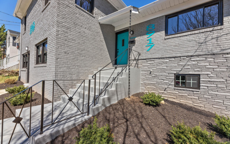8917 2nd Ave-004-054-Exterior-MLS_Size