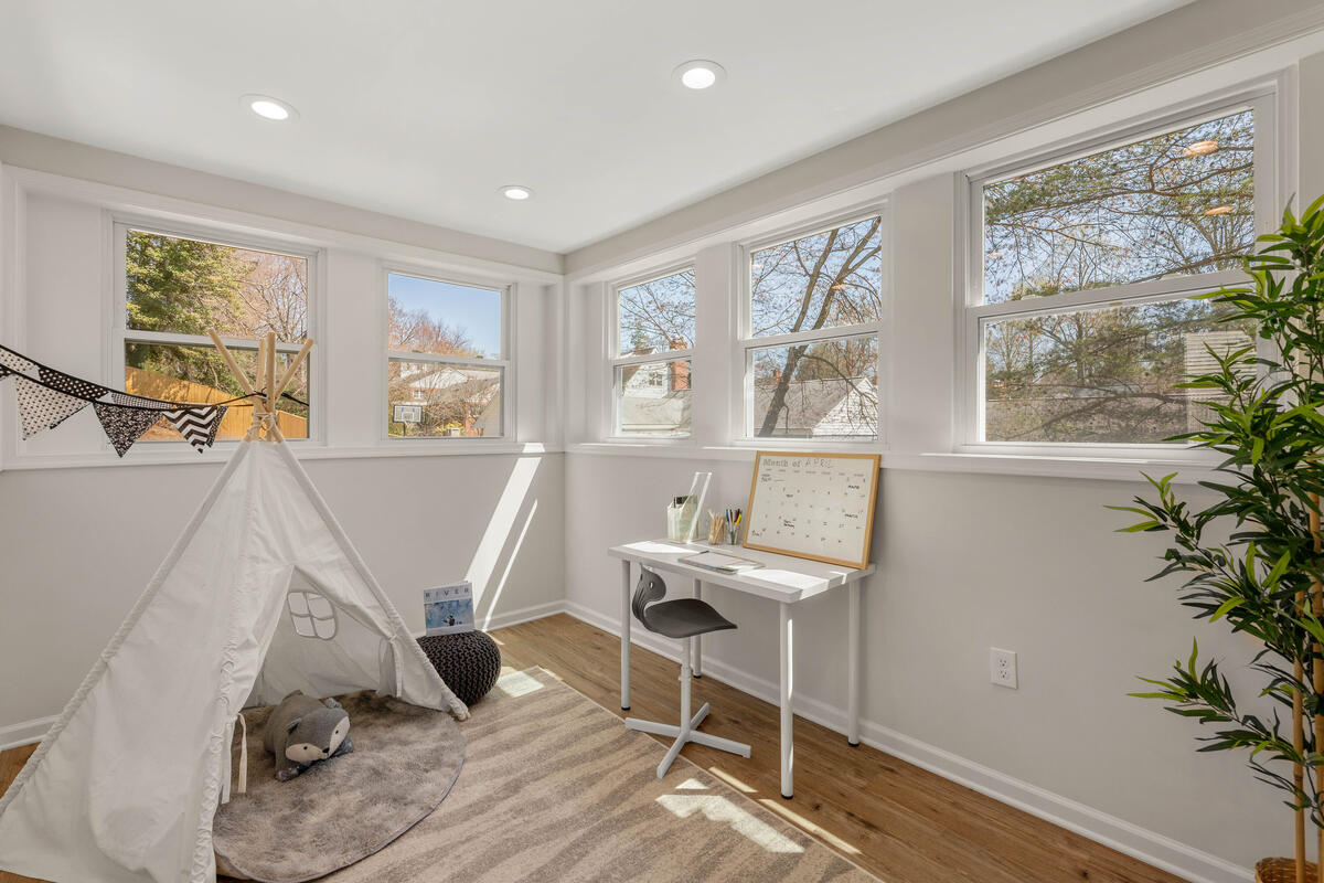 8917 2nd Ave-032-037-Interior-MLS_Size