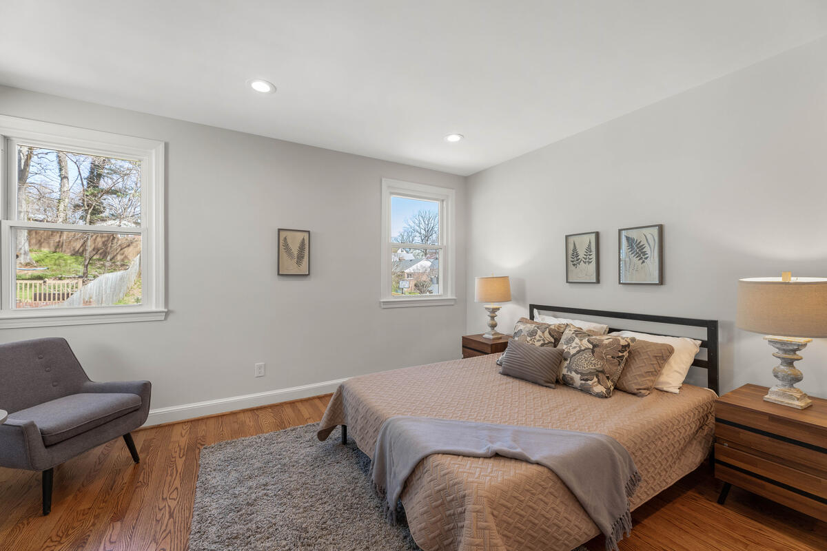 8917 2nd Ave-043-031-Interior-MLS_Size