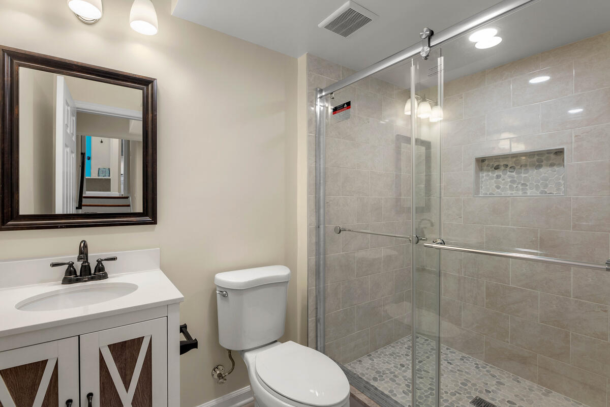 8917 2nd Ave-055-003-Interior-MLS_Size