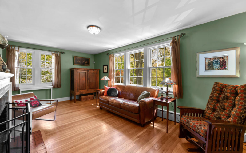 17 Sunnyside Rd-009-015-Interior-MLS_Size