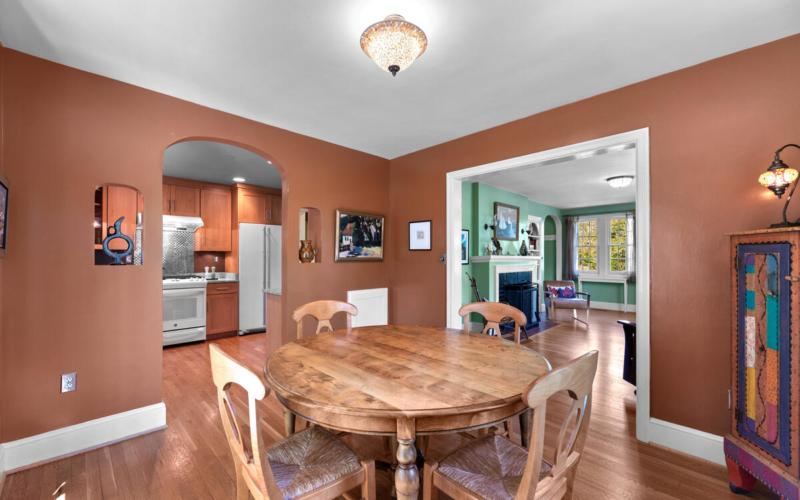 17 Sunnyside Rd-012-012-Interior-MLS_Size