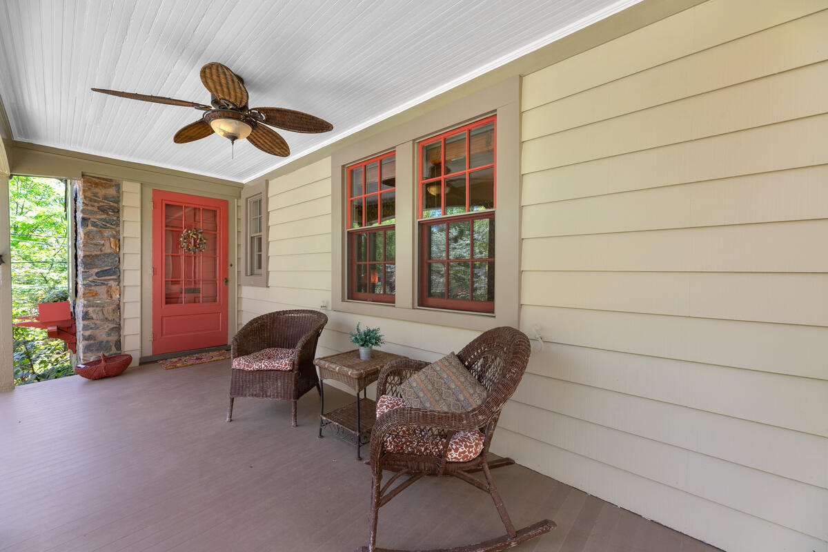 17 Sunnyside Rd-044-044-Exterior-MLS_Size