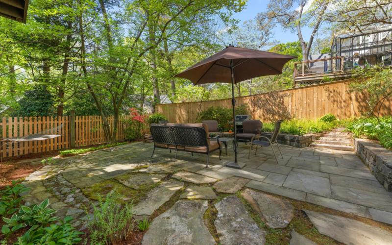 17 Sunnyside Rd-047-049-Exterior-MLS_Size