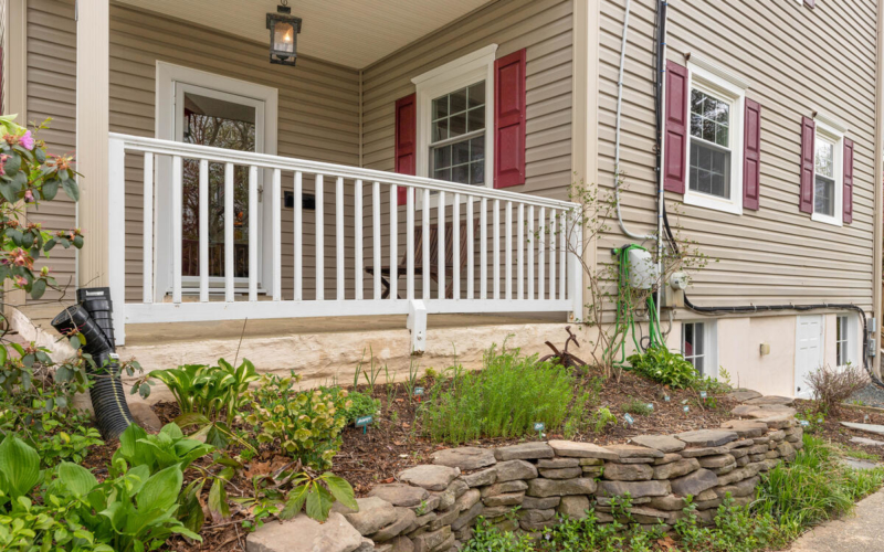 2020 Hanover St-005-029-Exterior-MLS_Size