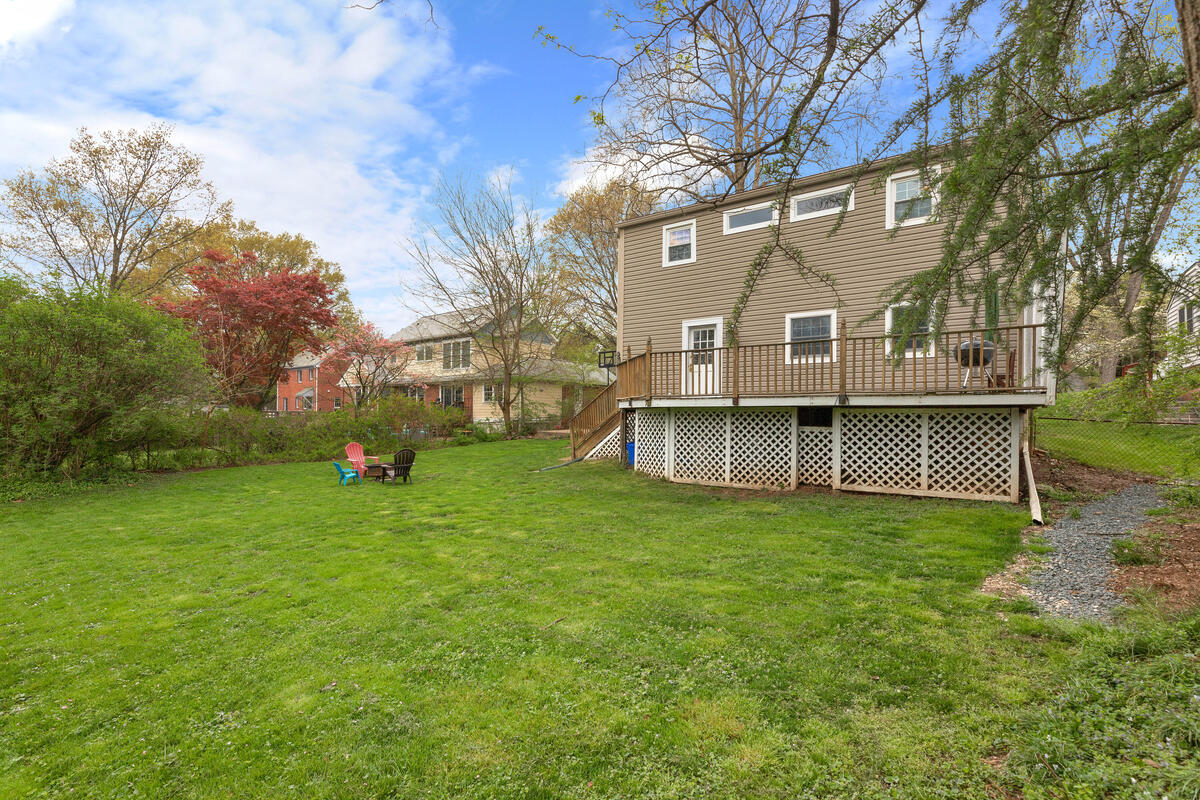 2020 Hanover St-046-009-Exterior-MLS_Size
