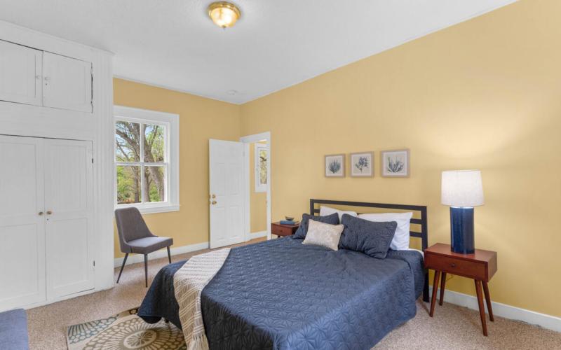 4105 Crittenden St-029-024-Interior-MLS_Size