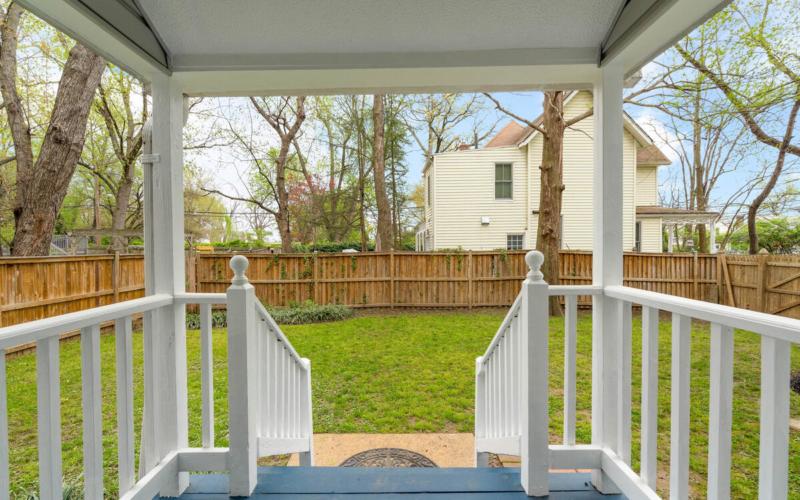 4105 Crittenden St-041-037-Exterior-MLS_Size