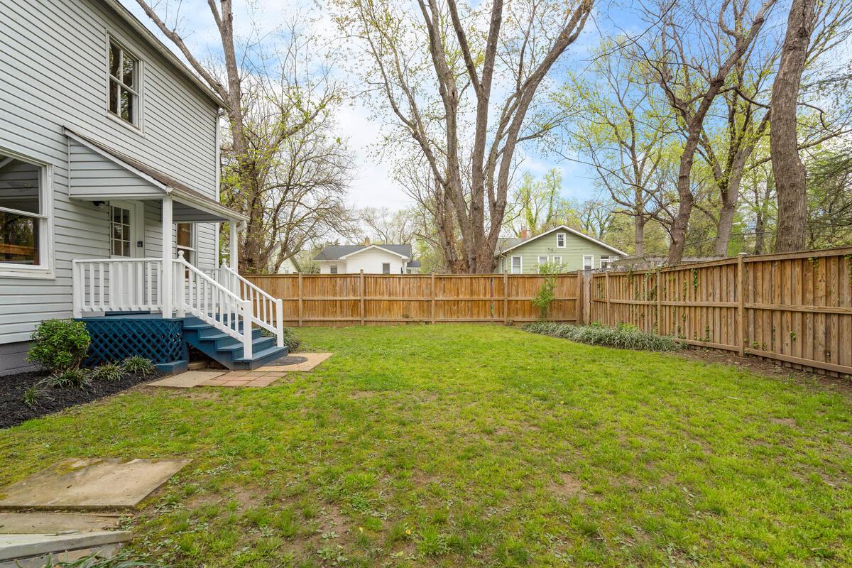 4105 Crittenden St-043-027-Exterior-MLS_Size