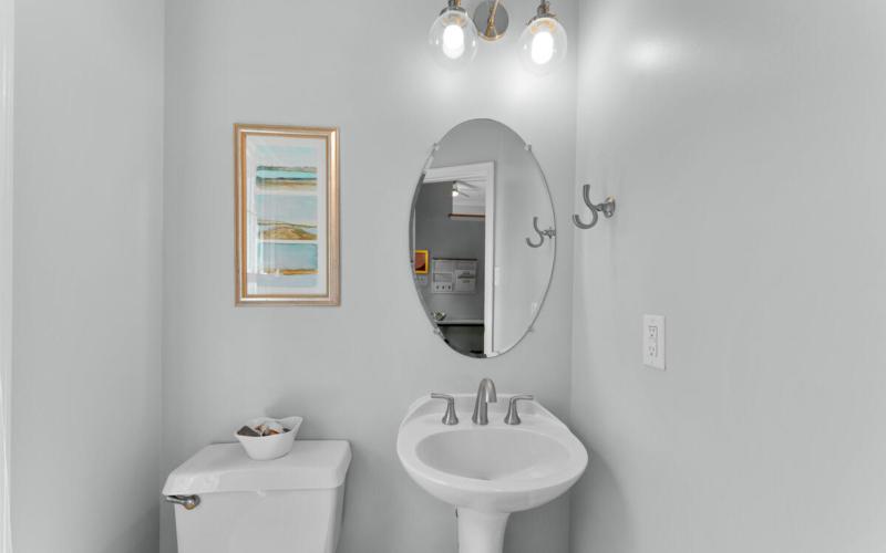 8909 Ellsworth Ct-025-034-Interior-MLS_Size