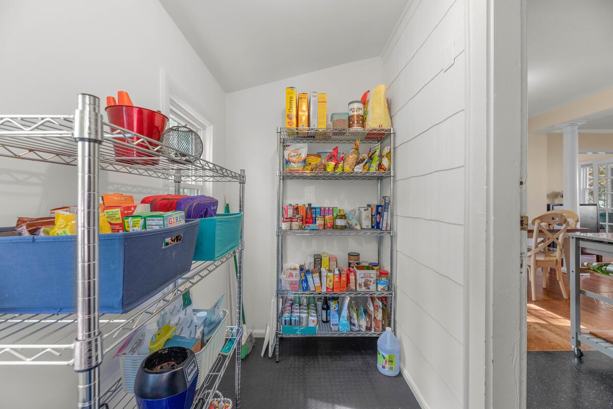 9705 Lorain Ave-011-026-Interior-MLS_Size