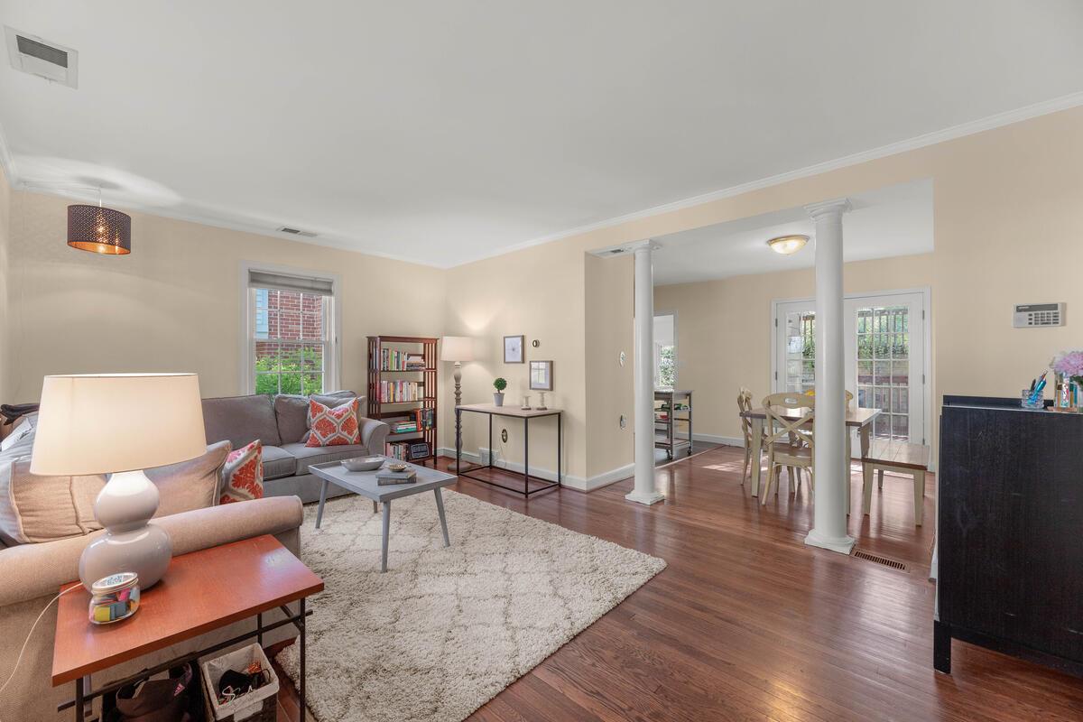 9705 Lorain Ave-015-037-Interior-MLS_Size