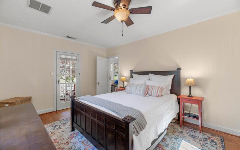 9705 Lorain Ave-025-010-Interior-MLS_Size
